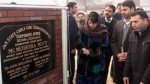 Chief  Minister Mehbooba Mufti laying foundation stone of J&K Cable Car Corporation office at Srinagar on Saturday.