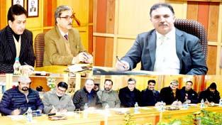 J&K Bank Chairman Parvez Ahmed and members of FCIK during meeting at Srinagar.