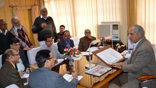 Minister for Public Works Abdul Rehman Veeri interacting with a deputation in Jammu on Wednesday.