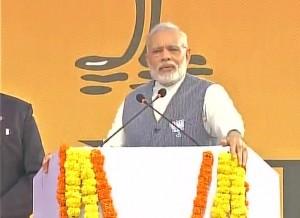 PM dares Oppn to fight Goa polls on development plank