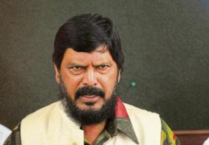 Govt will collapse if quotas end: Athawale