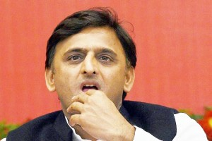 EC's show cause notice to Akhilesh for bribery remark