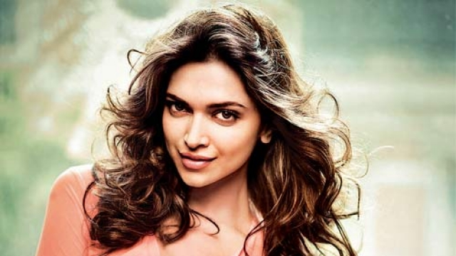 I don't consider myself a tech-savvy person: Deepika Padukone