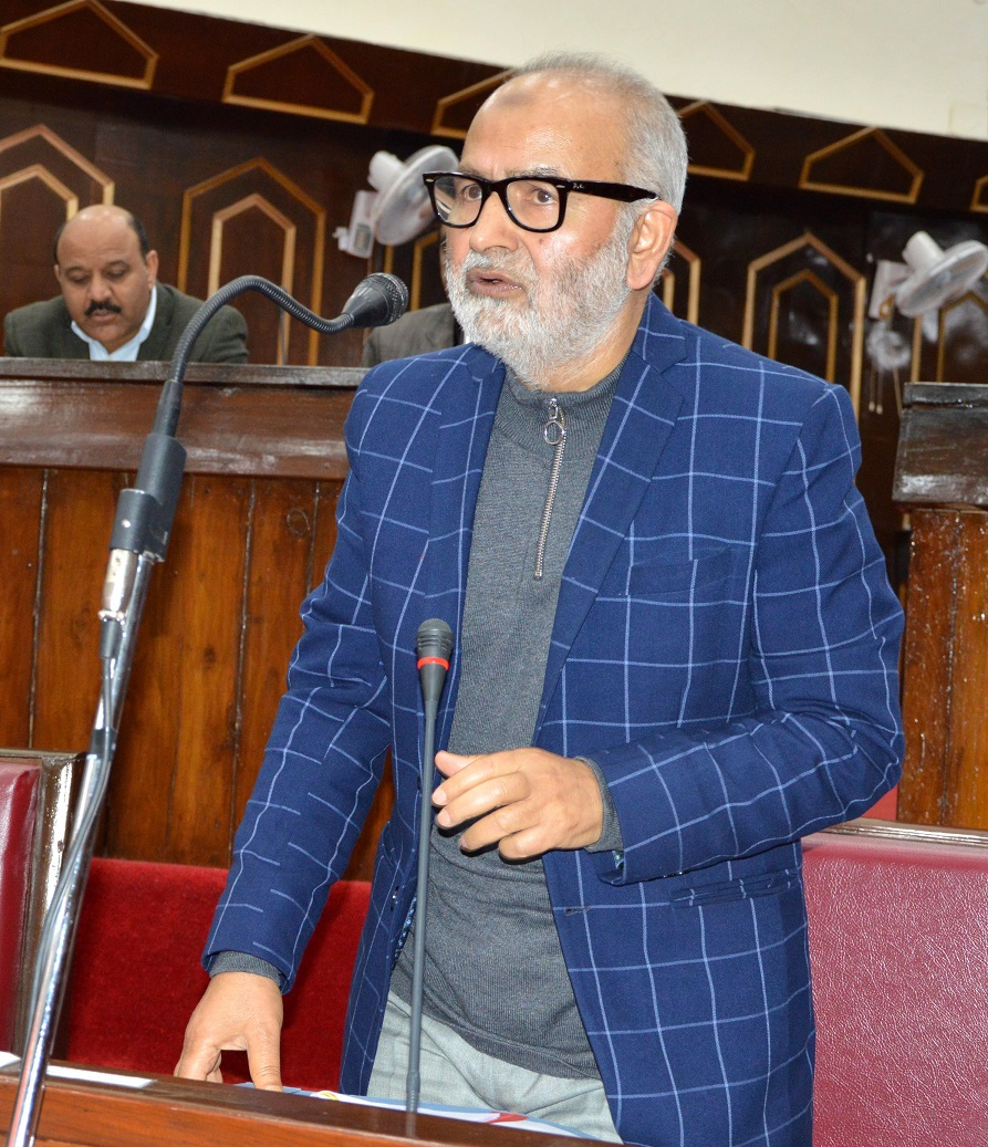 Naeem Akhtar orders probe into violation of transfer policy