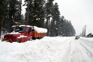 5 soldiers succumb;  avalanche toll mounts to 25