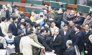 Opposition MLAs protesting in the Assembly on Tuesday. — Excelsior/Rakesh