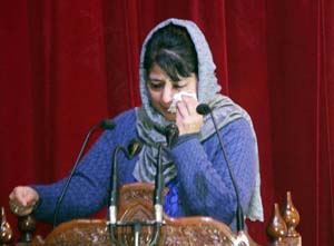 Chief Minister Mehbooba Mufti breaks down while speaking on Mufti Sayeed in Jammu on Friday. (Another pic on Page 6)