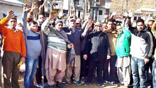 People protesting against PDD at Darhal in Rajouri on Thursday.  -Excelsior/Bhat