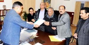 ASKPC submits  memorandum to Governor