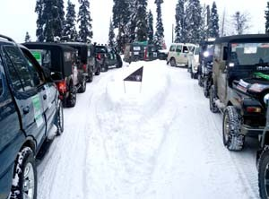 Two-day off-road snow fest starts at Gulmarg