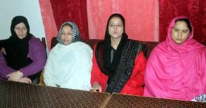 Darhal family demands CBI  probe into mysterious death case