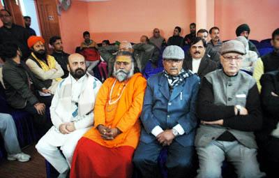 VHP leaders at a seminar at Jammu on Saturday. -Excelsior/Rakesh