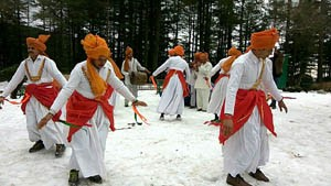 Winter Carnival gets underway at Patnitop