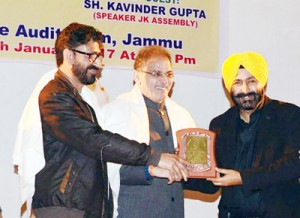 Pradeep, Avtar, Anil honoured for bold journalism