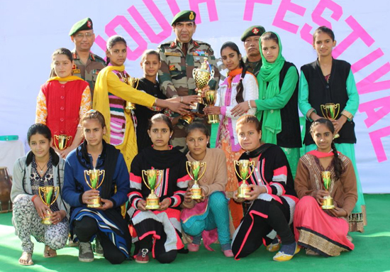 Winners of Aans Valley Fest posing for a group photograph along with GOC Uniform Force on Monday.