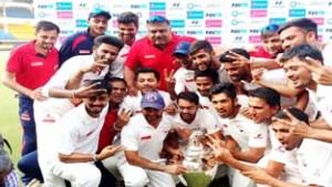 Parthiv decimates Mumbai, leads Gujarat to maiden title