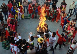 Lohri celebrated with traditional fervor, gaiety