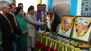 BJP state chief, Sat Sharma inaugurating Jammu district Working Committee meeting of the party on Sunday.