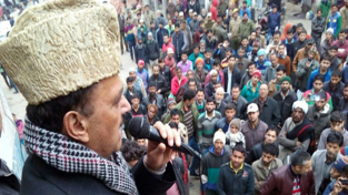 Senior Congress leader M S Niaz addressing a protest rally at Bhaderwah on Tuesday.