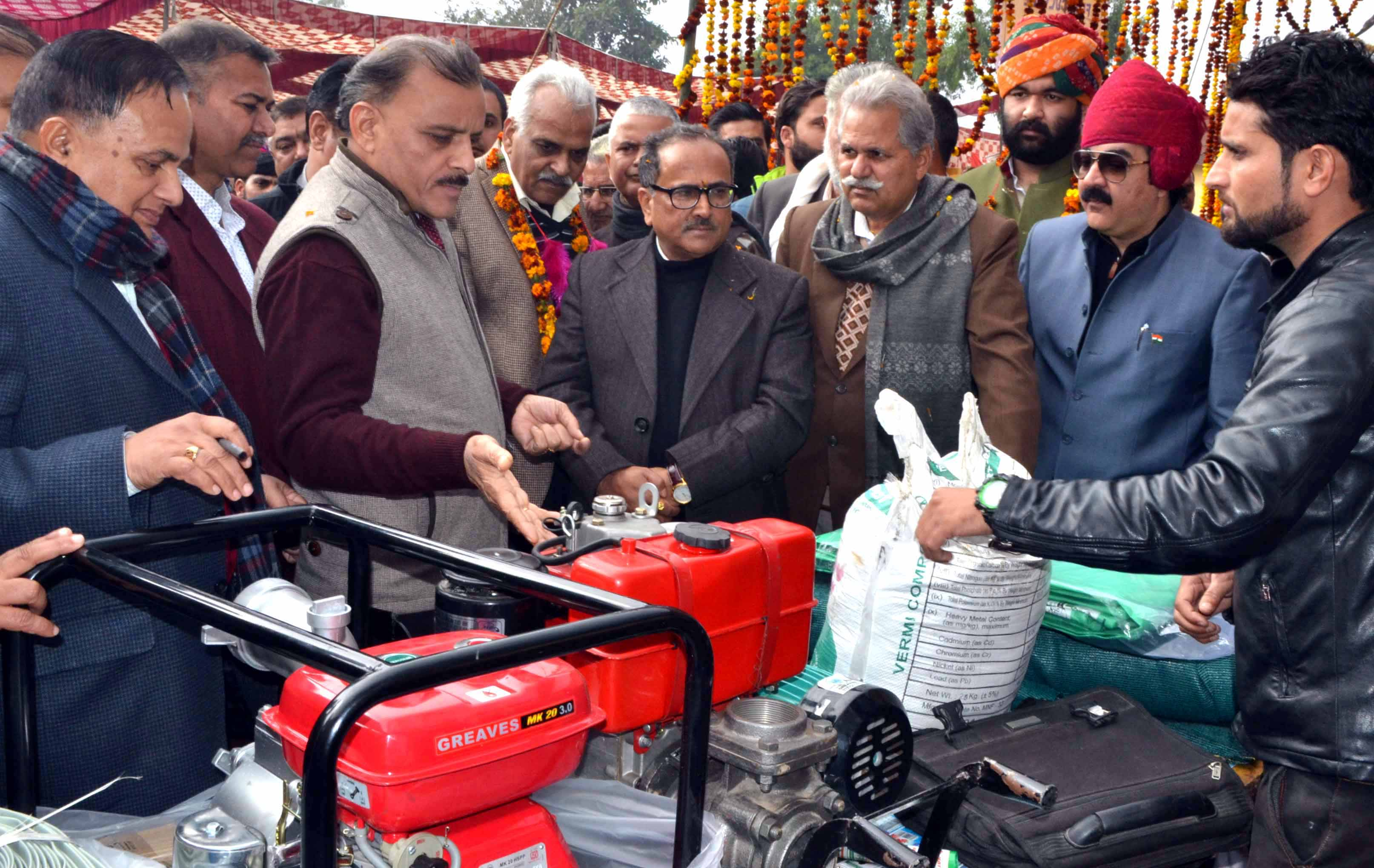 Deputy Chief Minister Dr Nirmal Singh inspecting a stall at Kisan Mela on Tuesday.