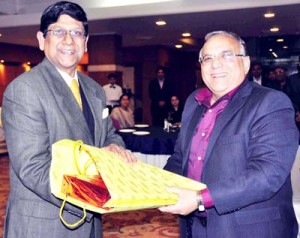 Arun Kumar accorded warm farewell by CS, others