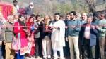 MLA Ravinder Raina inaugurating Bagnoti-Dandesar road.