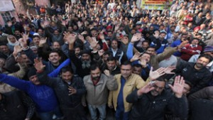 PHE workers raising slogans against the Government during a protest rally at Jammu.  —Excelsior/Rakesh
