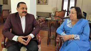 Union Minister Dr Jitendra Singh calling on Governor of Manipur, Najma Heptulla to discuss the prevailing situation in the State, on Tuesday.