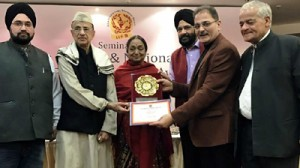 Kavinder conferred with Glory of India Award