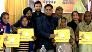 MLA distributes free LPG  connections, chairs RKS meet