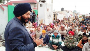 Give citizenship rights to West Pak refugees: Manjit