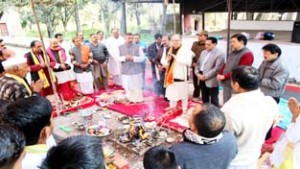 Dharmarth Trust organizes Yagya at Utterbehani