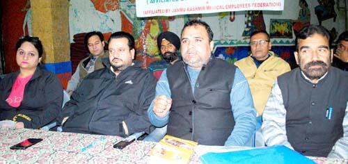 President, NHMEA Jammu province, Rohit Seth addressing media persons at Jammu.