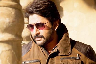 'Munnabhai 3' script is funny, relevant: Arshad Warsi