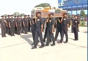Guj soldier martyred in JK cremated; thousands mourn