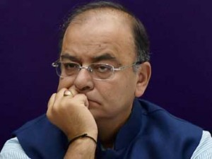 Congress has become 'a crowd around a fading dynasty': Jaitley