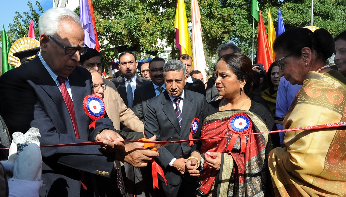 Governor lauds JKP for promoting welfare measures for Jawans, their families