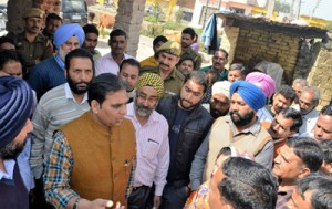 Previous Govts ignored R S Pura: Dr Bhagat
