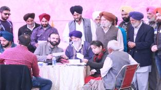 HoD Cardiology Dr Sushil Sharma examining patients at Gurudwara Shri Guru Arjun Dev Ji in Domana on Sunday.