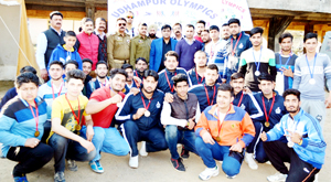 Winners posing alongwith dignitaries at Udhampur on Monday.