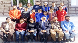 Sumiya alongwith other players and office bearers of J&K Mountaineering Association in Jammu on Sunday.