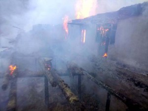 12 houses gutted in Bani