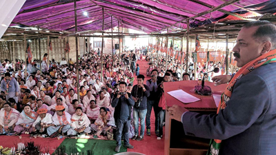 Union Minister Dr Jitendra Singh addressing an election rally at Kumbi in Manipur on Thursday.
