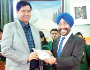 OP Sharma awarded by DPS