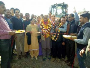 MLA Samba kick starts construction work of road