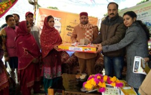 MLA distributes LPG connections