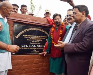 Lal Singh lays foundation of link roads, lanes at Basohli