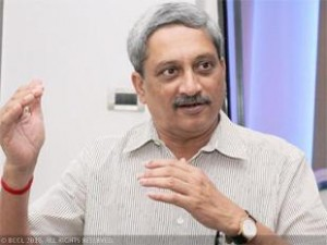 Welcome 'calm' on LoC, wish for good relations with Pak: Parrikar