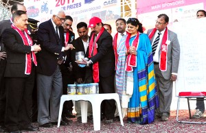 Governor participates in Red Cross Mela closing ceremony