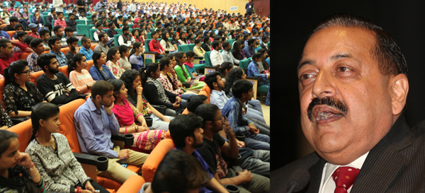 Union Minister, Dr Jitendra Singh addressing NISP at SMVDU, Katra on Sunday. — Excelsior/Rakesh